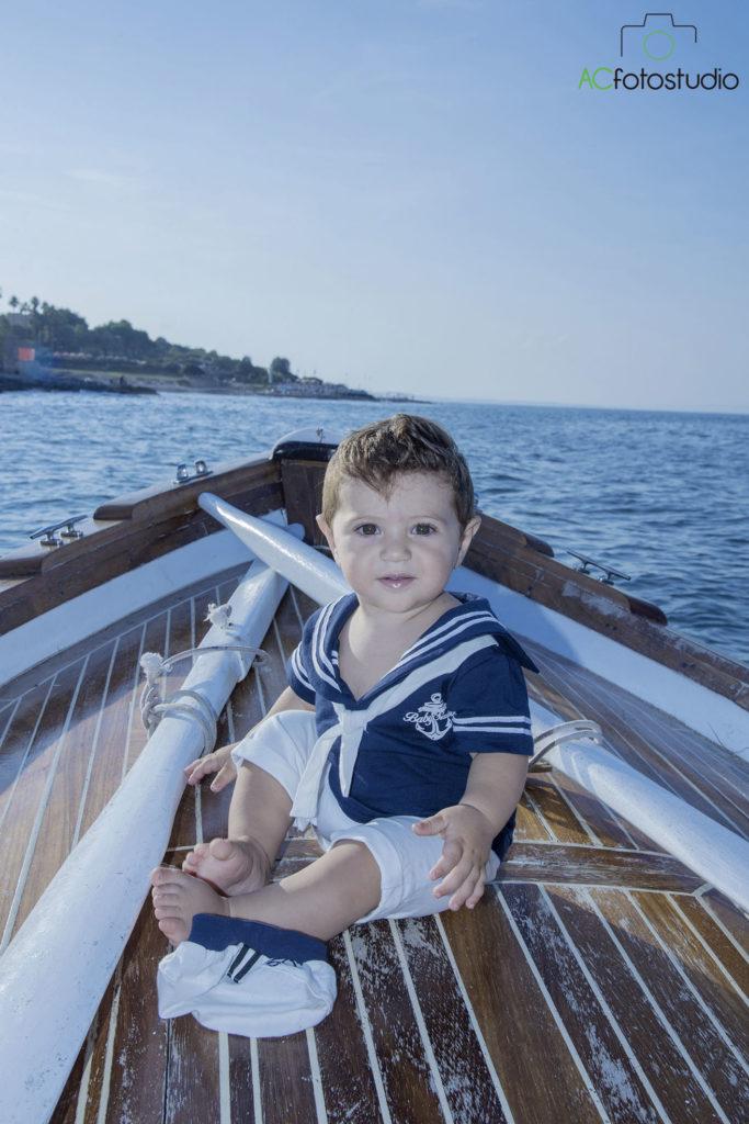 bimbo marinaio