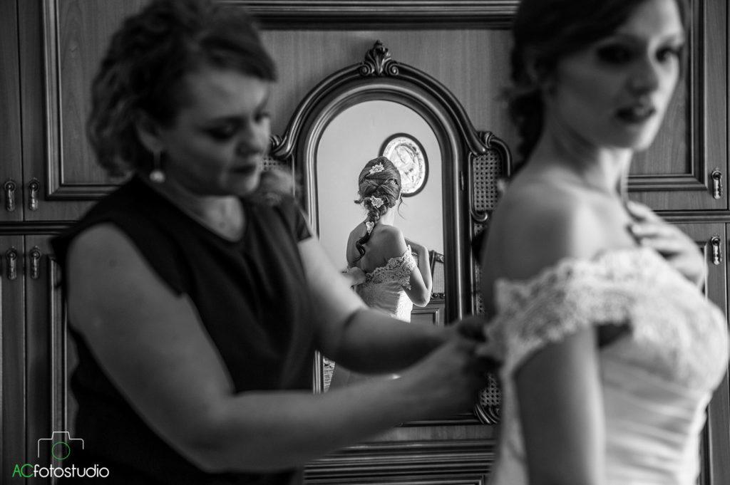 15 sposa con specchio