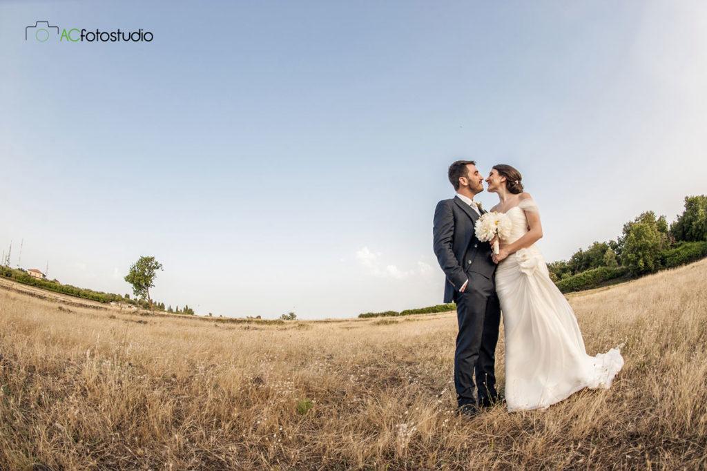 24 sposi in campagna