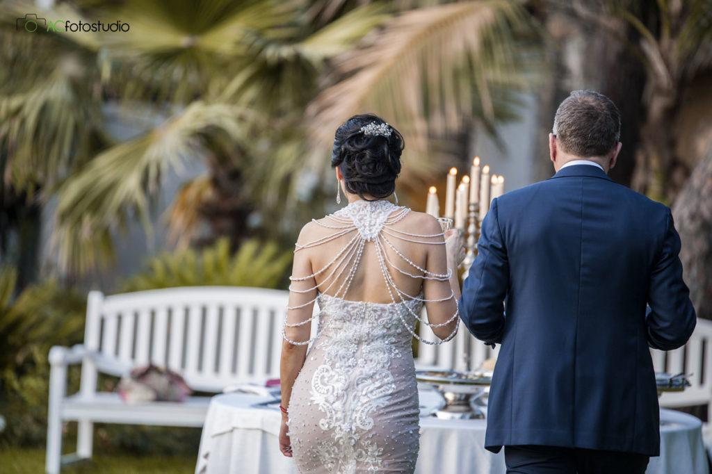 36 sposi di schiena